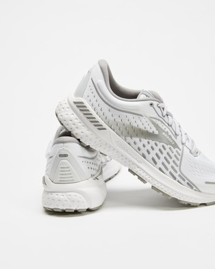 Brooks Adrenaline GTS 21   Women's - Performance Shoes (White, Grey & Silver)