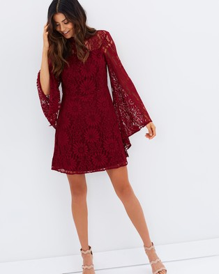 Casper & Pearl – Indianna Dress – Dresses (Maroon)