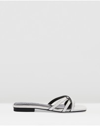 TOPSHOP - Hippie Square Sandals