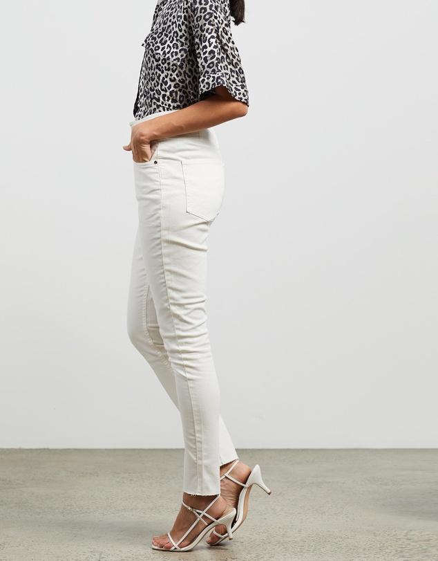 Women Phoenix Skinny Jeans