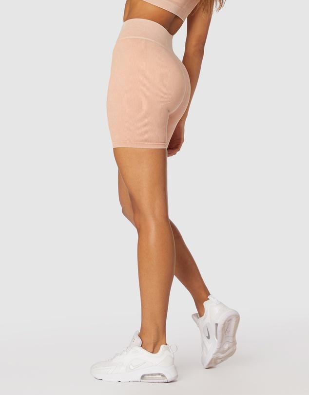 Women Isla Seamless Shorts