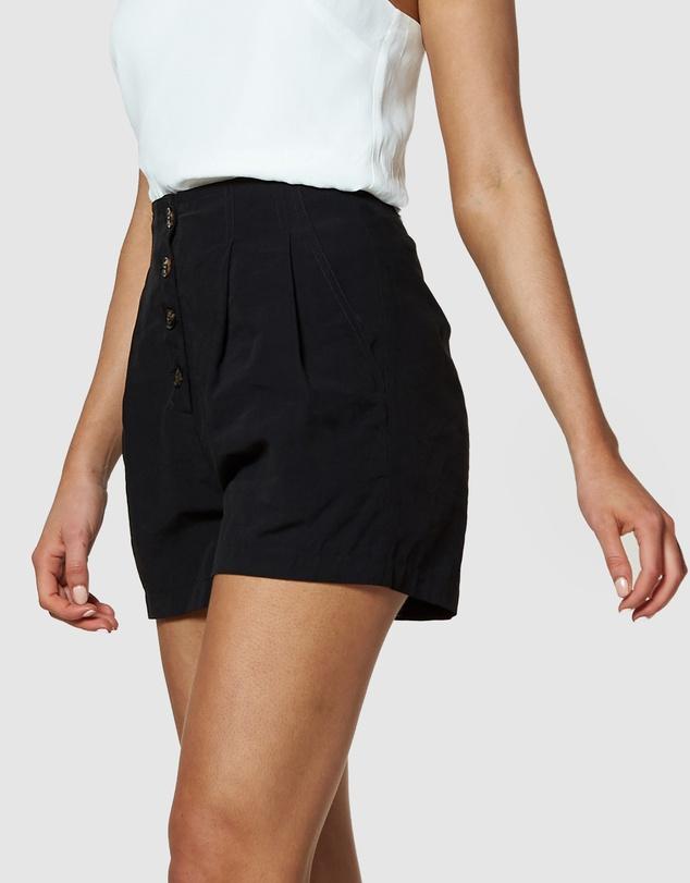Women Ashton Shorts
