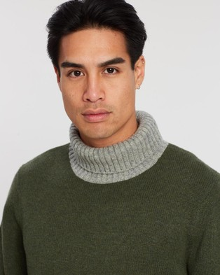 3 Wise Men The Howard Roll Neck Knit - Jumpers & Cardigans (Army Green & Heather Grey)