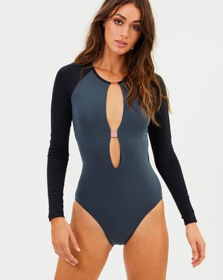 Ginger & Smart – Joni Long Sleeve One Piece – One-Piece Swimsuit Smoke & Black