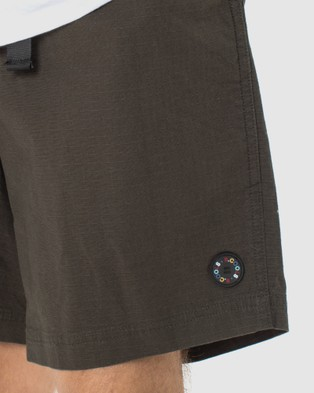 Barney Cools B.Quick Short Chino Shorts Forest Ripstop