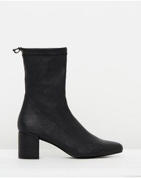 Atmos&Here - ICONIC EXCLUSIVE - Belinda Ankle Boots