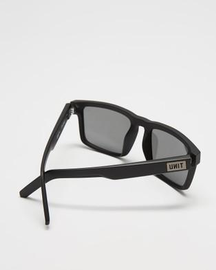 UNIT Primer Polarised Sunglasses - Square (Matte Black)