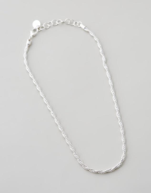Women Elm Necklace