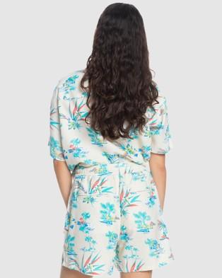 Quiksilver Quiksilver Womens Elasticated Shorts - Chino Shorts (SNOW WHITE LIPSTICK)