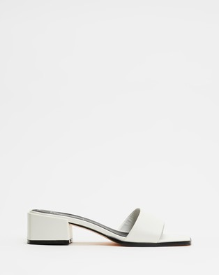 Therapy Stormi - Mid-low heels (White)