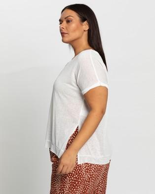 Atmos&Here Curvy Ariel Twist Neck T Shirt - T-Shirts & Singlets (White)