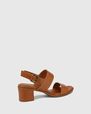 Wittner Karlie Leather Block Heel Sandals - Sandals (Tan)