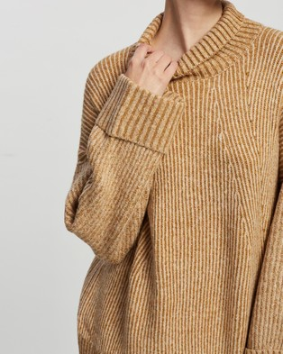 TOPSHOP Knitted Super Soft Funnel Neck Jumper - Jumpers & Cardigans (Camel)