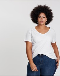 Atmos&Here Curvy - Essential Cotton V-Neck Tee