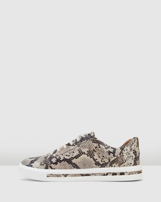 Clarks Un Maui Lace - Low Top Sneakers (Natural Snake Leather)