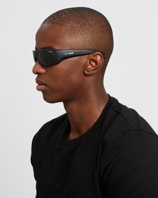 Arnette - Hot Shot Sunglasses (Black)