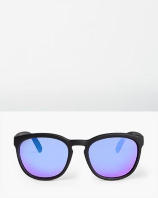 Roxy Womens Kaili Sunglasses - Sunglasses (MATTE BLACK/ML PURPL)