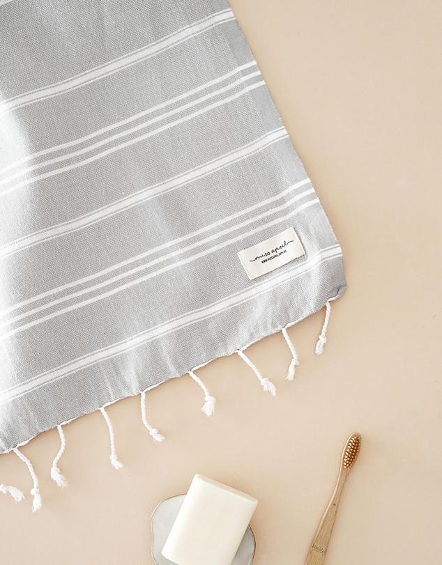 Life Classic Hand Towel