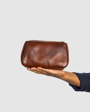 Republic of Florence The Otto Leather Dopp Kit Matt Brown - Beauty (Brown)