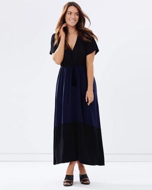 Love Your Wardrobe – Two Tone Wrap Knit Maxi Dress Black & Navy