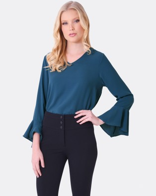 Forcast – Amelia Flare Sleeve Top Sage