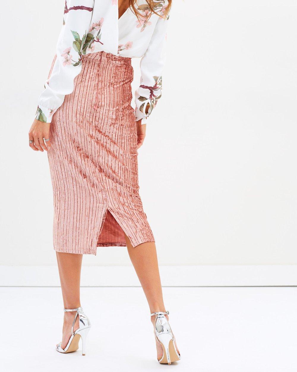 5c4617842 Pleated Velvet Midi Skirt by Missguided Online   THE ICONIC   Australia