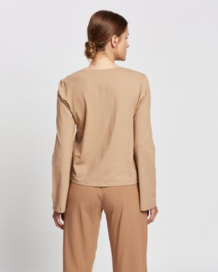 Le Buns Stella Fluted Long Sleeve Shirt - T-Shirts (Latte)