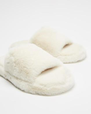 Dazie Jenner Slippers - Slippers & Accessories (Natural Fluff)