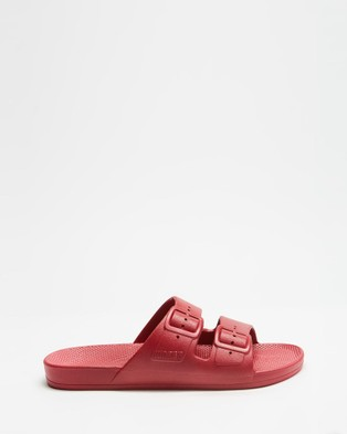Freedom Moses Slides   Unisex - Casual Shoes (Cherry Bomb)
