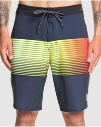 Quiksilver - Mens Highline Slab 20