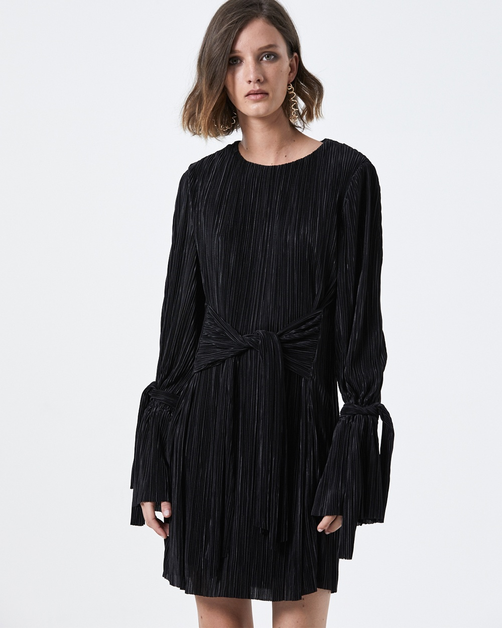 Buy Carver Yvette Sleeved Dress Dresses Black Yvette Sleeved Dress - shop Carver dresses online