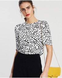 Forcast - Indianna Short Sleeve Top
