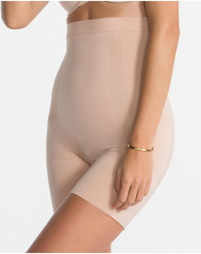 Spanx - On Core High-Waisted Mid-Thigh Shorts