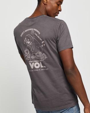 Rusty Plastic Kills Short Sleeve Tee - T-Shirts & Singlets (Coal)